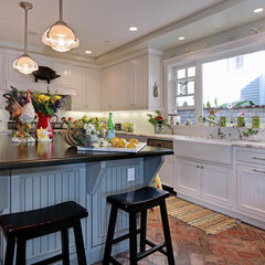 traditional kitchen by Darci Goodman Design