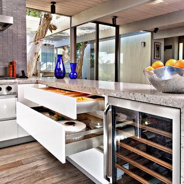 San Diego Contemporary Kitchen
