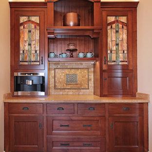 Idee per una piccola cucina a L american style con lavello sottopiano, ante con riquadro incassato, ante in legno bruno, top in granito, paraspruzzi multicolore, paraspruzzi con piastrelle in ceramica, elettrodomestici in acciaio inossidabile, pavimento con piastrelle in ceramica, isola e pavimento multicolore