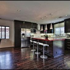 Modern Kitchen by SOD BUILDERS, INC.