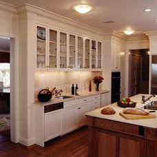 Traditional Kitchen by Graff Architects