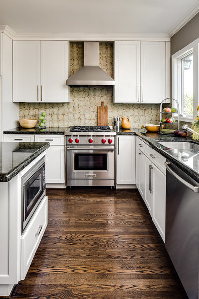 Transitional Kitchen by Robin Heard Design