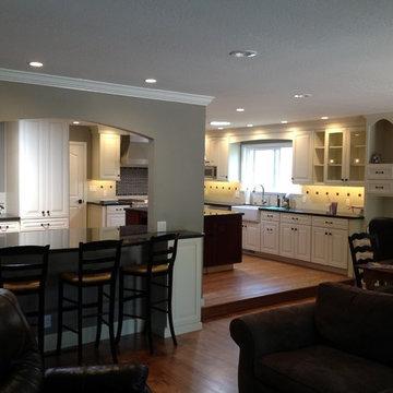 San Jose Medallion Maple Kitchen by Signature Kitchen & Bath