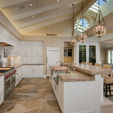 Traditional Kitchen by Murfey Construction