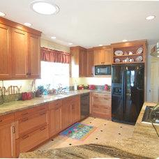 Transitional Kitchen by San Luis Kitchen Co.