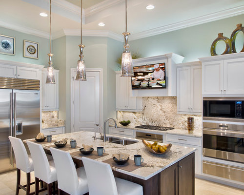 Traditional L Shaped Kitchen Idea In Miami With A Double Bowl Sink, Recessed