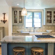 Traditional Kitchen by Elizabeth Vallino Interiors