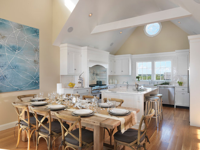 Beach Style Kitchen by Davitt Design Build, Inc.