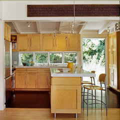 traditional kitchen by Nick Noyes Architecture
