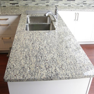 Kitchen Traditional Idea In Vancouver Save Photo Santa Cecilia Light Granite