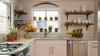 Santa Fe Cottage Kitchen design by Jennifer Ashton, Allied ASID