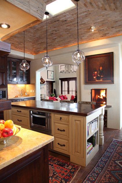 Mediterranean Kitchen by Tewes Design