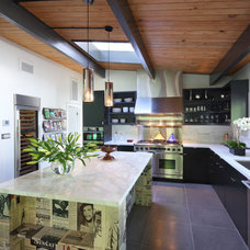 Contemporary Kitchen by P2 Design