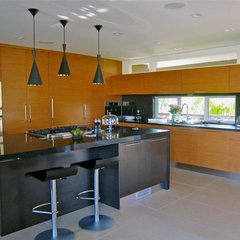 modern kitchen by Natalie Epstein Design