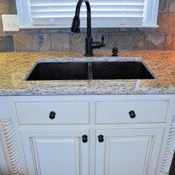 Santa Rita Granite Counter-top - Customer only cost $2900 to replace their counter-top with 3cm granite. (Santa Rita).