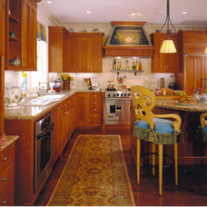 Traditional Kitchen by Conrado - Home Builders
