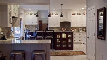 Saratoga Traditional White Glazed Kitchen