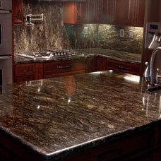 Modern Kitchen by Granite Grannies