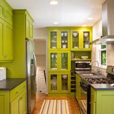 Midcentury Kitchen by Karen Garlanger Designs, LLC