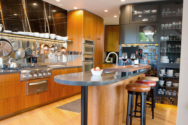 Contemporary Kitchen by Couture Architecture