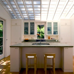 contemporary kitchen by Turnbull Griffin Haesloop