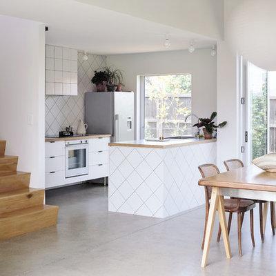 Trendy kitchen photo in Buckinghamshire