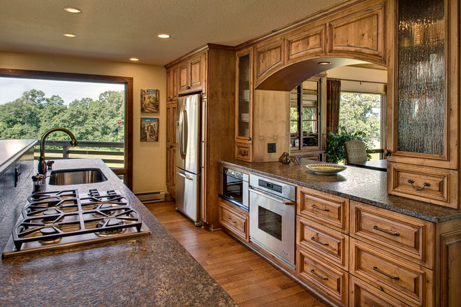 Traditional Kitchen by Sazama Design Build Remodel