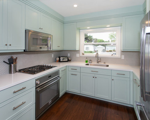 Midcentury kitchen design ideas renovations photos with for Indian kitchen coral springs