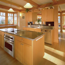 Traditional Kitchen by The Johnson Partnership