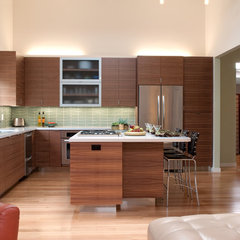 contemporary kitchen Schmitz Woodworks