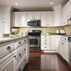 Traditional Kitchen by Bray & Scarff