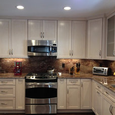 Traditional Kitchen by Lowe's of Mt. Olive, New Jersey