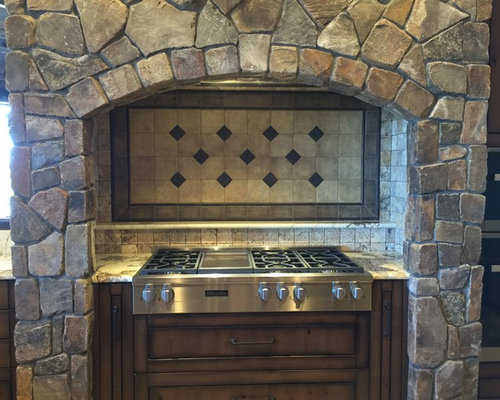 Best Small Galley Kitchen Design Ideas amp Remodel Pictures