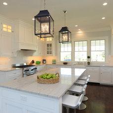 Beach Style Kitchen by Nina Liddle Design