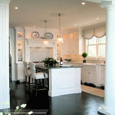 Traditional Kitchen by Lewis & Weldon Custom Kitchens