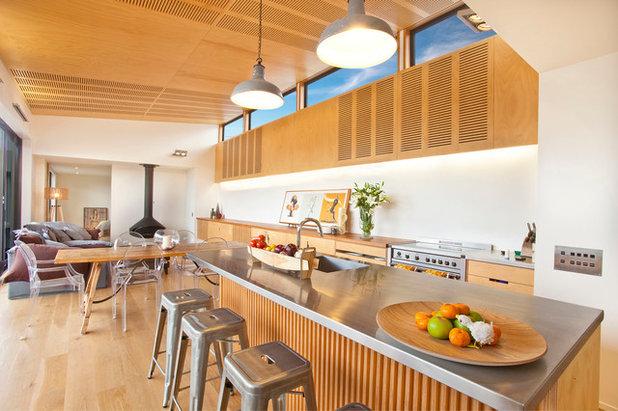 Contemporary Kitchen by Architecture Bureau Ltd