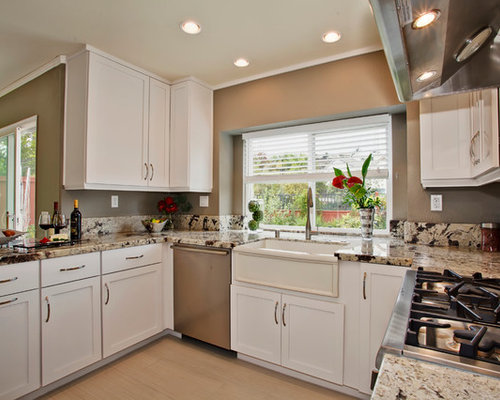 Painted maple cabinets houzz for Eat in kitchen designs for small kitchen