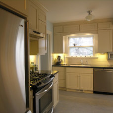 Traditional Kitchen by L.EvansDesignGroup,inc