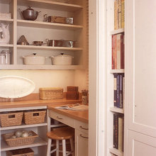 Tips for Arranging Open Kitchen Shelving