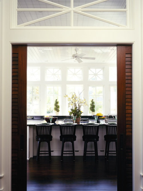 Inspiration For A Timeless Kitchen Remodel In Atlanta With White Cabinets