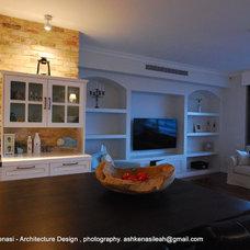 Mediterranean Kitchen by Leah Ashkenasi -  Interior Architect