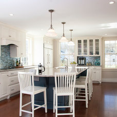 Beach Style Kitchen by Judy Cook Interiors, LLC