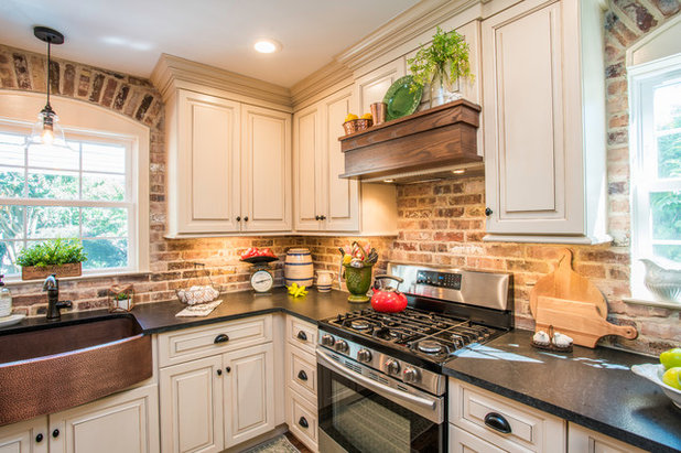 Country Kitchen by Oceanside Cabinetry Corp.