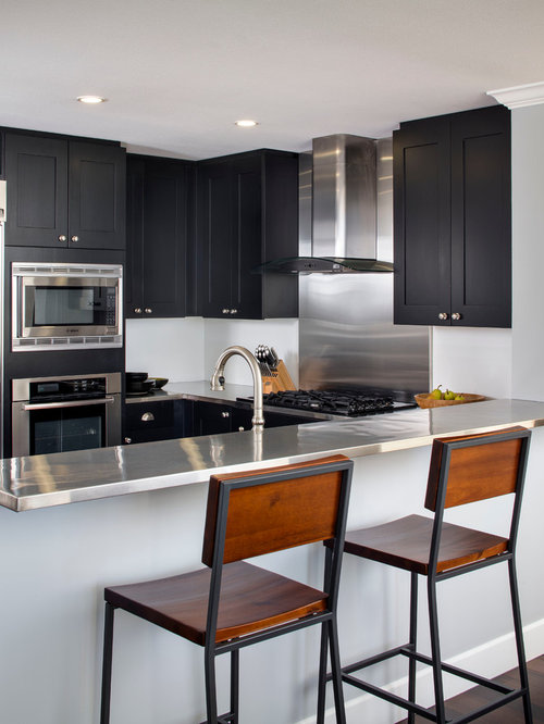 Small Modern Open Concept Kitchen Ideas   Example Of A Small Minimalist  U Shaped Dark