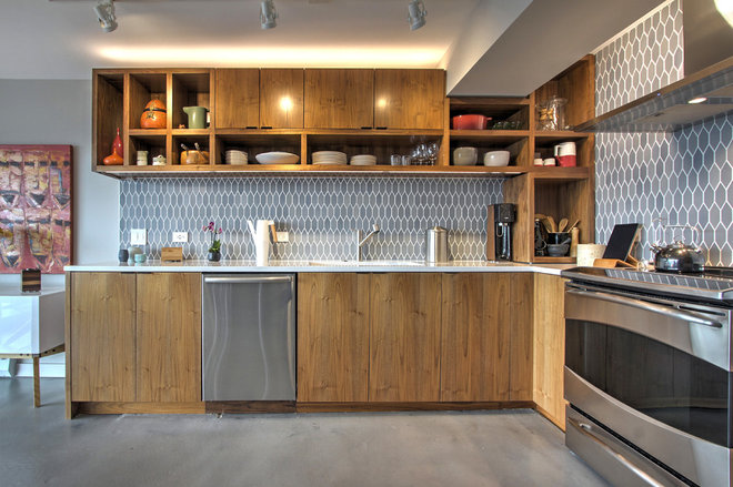 Contemporary Kitchen by Fivedot
