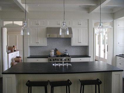 Traditional Kitchen by Motionspace Architecture + Design