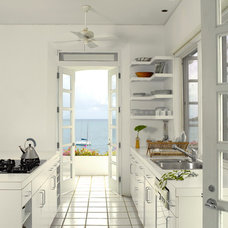 Beach Style Kitchen by Springline Architects