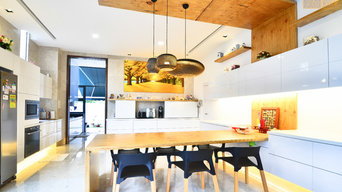 Semi-D Home & Deco
