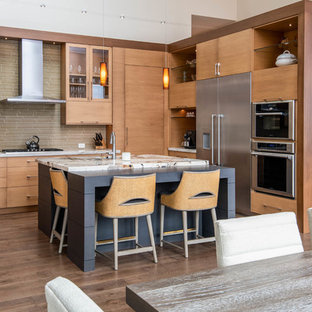 Design ideas for a large midcentury u-shaped open plan kitchen in Other with an undermount sink, flat-panel cabinets, light wood cabinets, stainless steel appliances, dark hardwood floors, with island, brown floor and beige benchtop.