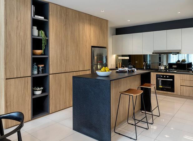 Contemporary Kitchen by Designed Design Associates (DDA)